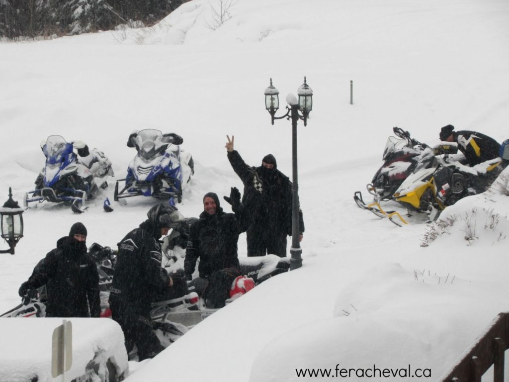 relais-motoneige-tq13-auberge-fer-a-cheval-laurentides