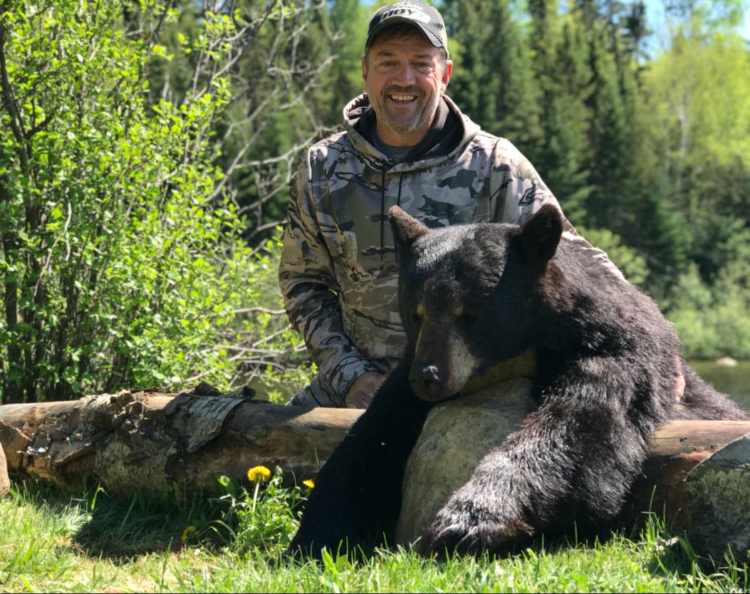 Chasse à l'ours à la pourvoirie du Fer à Cheval, Laurentides