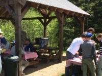 Shore lunch à la pourvoirie du Fer à Cheval, Laurentides
