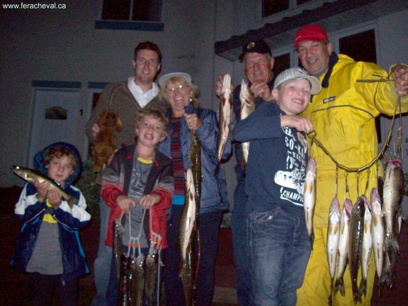 pêche-en-famille-pourvoirie-fer-a-cheval