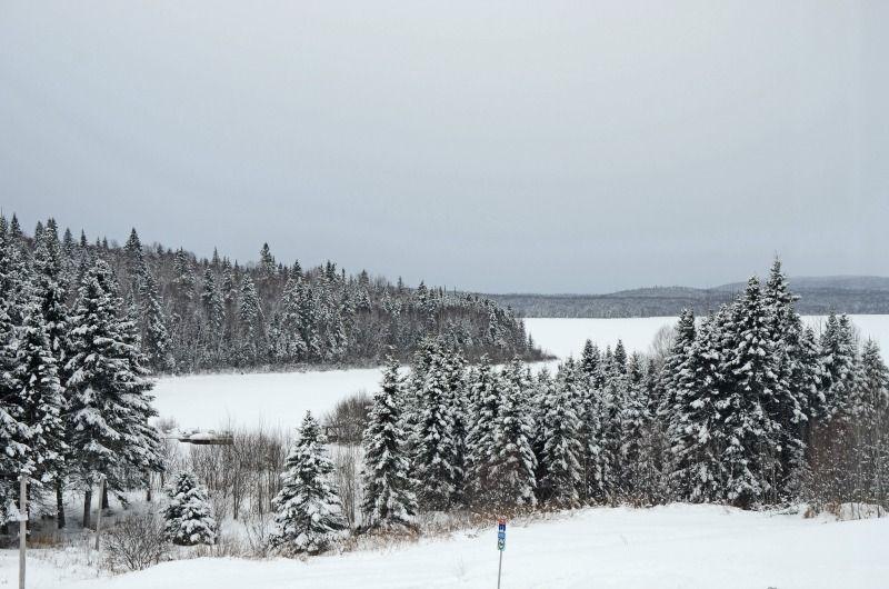 neige-motoneige-auberge-pourvoirie-fer-a-cheval-lac-nasigon