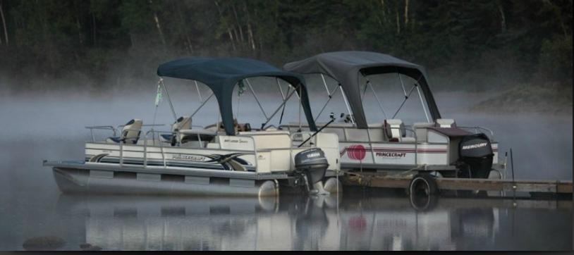 ponton-pêche-récréative-pourvoirie-fer-a-cheval-laurentides