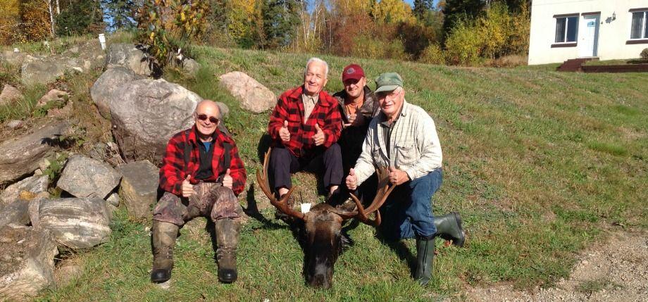 La chasse à l'orignal bat son plein à la Pourvoirie Fer à Cheval (Hautes-Laurentides)