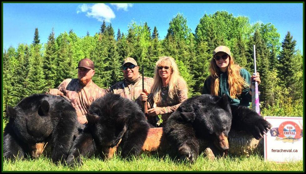 chasse-ours-pourvoirie-fer-a-cheval-laurentides-avec-guide-armando