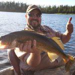 Guide pêche au doré à la pourvoirie du Fer à Cheval