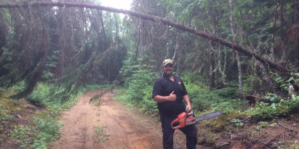 Nettoyage sentiers quad le summum avec Bobby Maroi