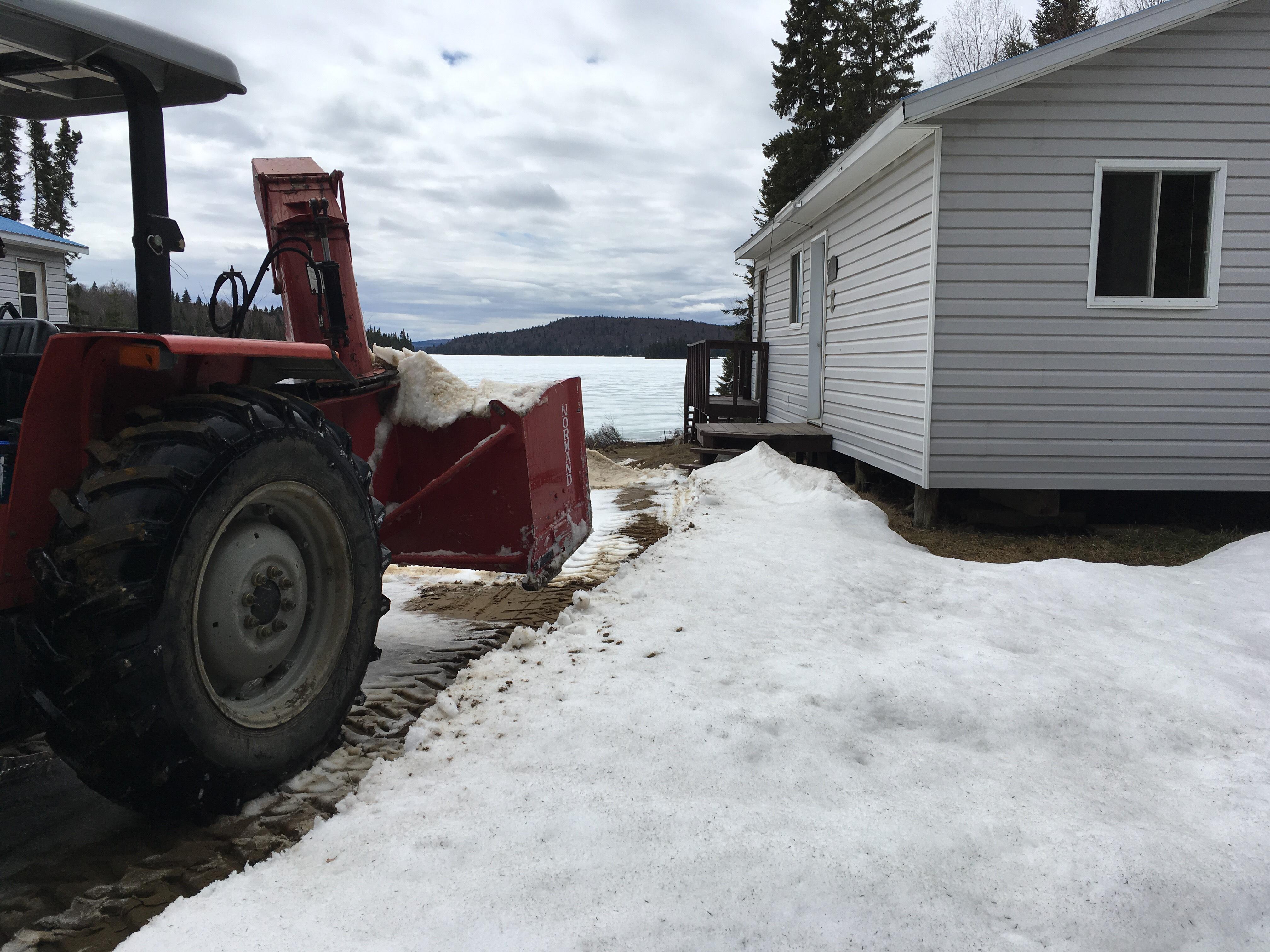 Entre le dégel des lacs et la mise à l'eau des embarcations…