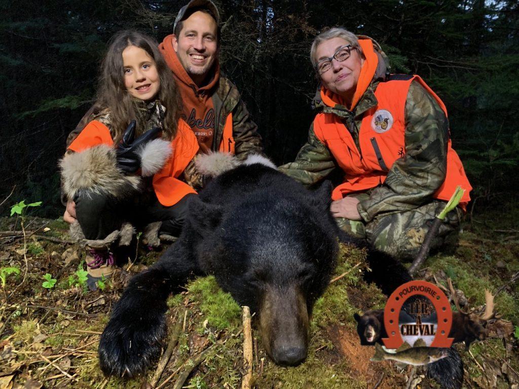 Chasse à l'ours pourvoirie du Fer à Cheval
